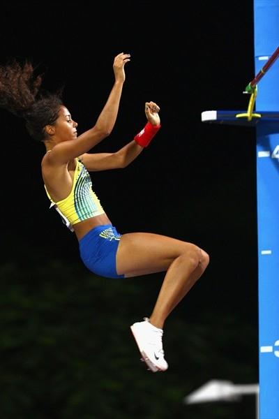 Sweden's Angelica Bengtsson clearing 4.30m to take gold at the Youth Olympic Games in Singapore (Getty Images)