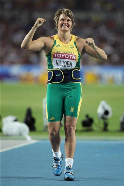Sunette Viljoen of South Africa celebrates third place in the women's javelin final  (Getty Images)