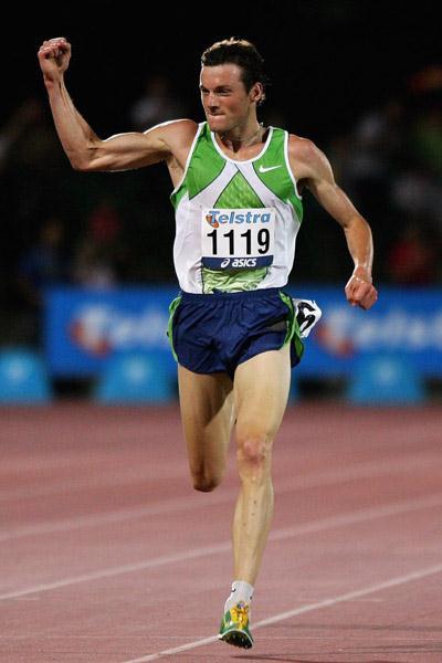 Craig Mottram winning at the 2006 IAAF WAT meeting in Melbourne (Getty Images)