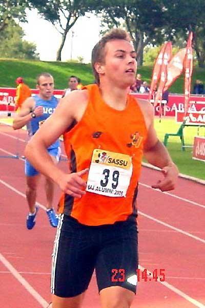 Louis van Zyl winning the 400mH in 49.35 in Johannesburg (Mark Ouma)