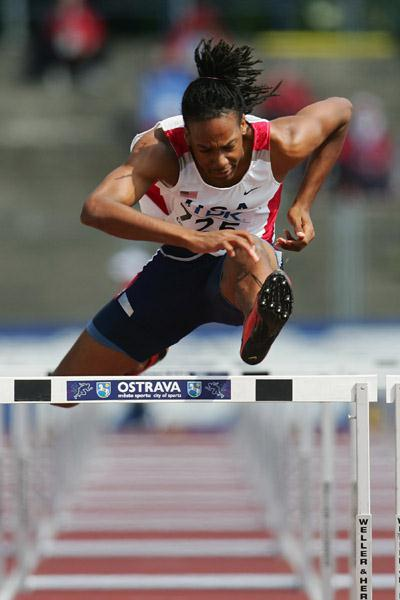 William Wynne of the USA sets a World Youth Leading time in 110m Hurdles heats (Getty Images)