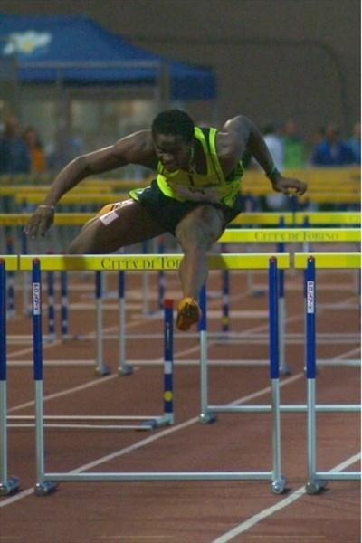 Dayron Robles on his way to 13.31 win in Turin (Lorenzo Sampaolo)
