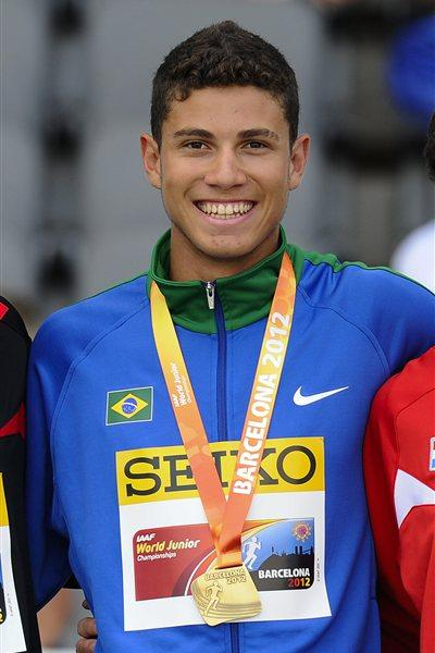 Thiago Braz Da Silva of Brazil stands on the podium during the medal ceremony of the Men's Pole Vault Final on the day three of the 14th IAAF World Junior Championships in Barcelona on 13 July 2012 (Getty Images)
