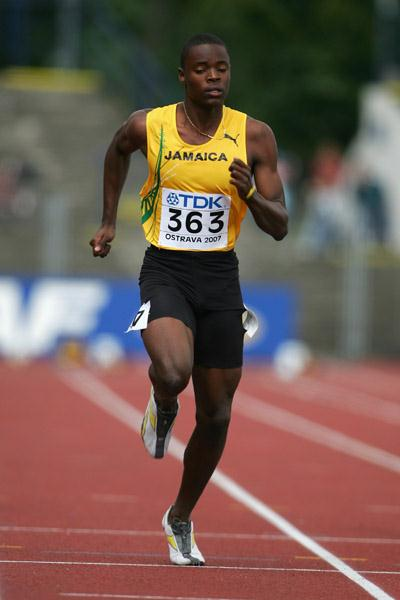 Dexter Lee of Jamaica in action in the 100m heats (Getty Images)