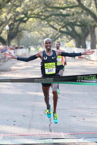 Mo Farah wins in New Orleans (Victah Sailor)
