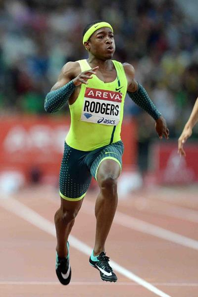 Mike Rodgers on his way to winning the 100m at the IAAF Diamond League meeting in Paris (Jiro Mochizuki)