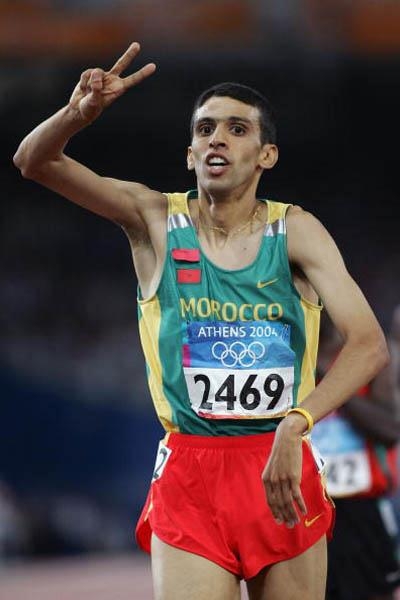 Hicham El Guerrouj takes his second Olympic gold in Athens (Getty Images)