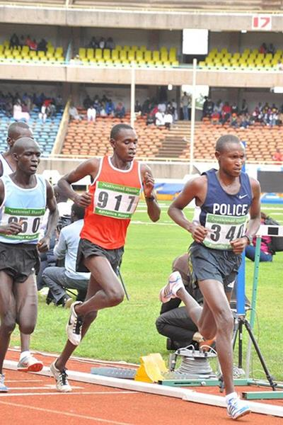Geoffrey Mutai in the 10,000m at the 2013 Kenyan Championships (Capital FM)