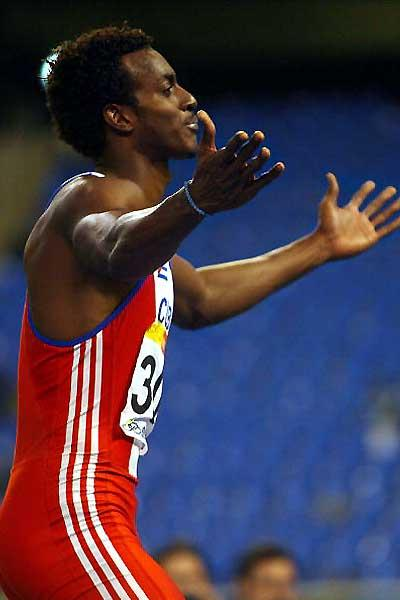 Víctor Moya is all happiness after a 2.32m leap and victory at the Pan Ams (AFP / Getty Images)