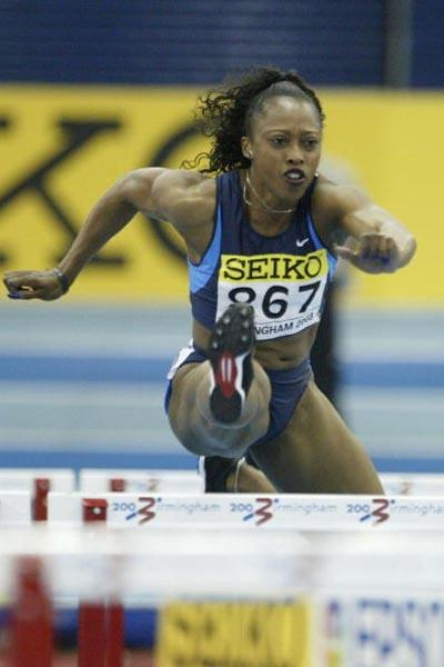 Gail Devers (USA) winning her morning heat in the 60m Hurdles (Getty Images)