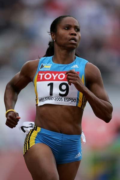 Chandra Sturrup of Bahamas in action in the heats of the women's 100m (Getty Images)