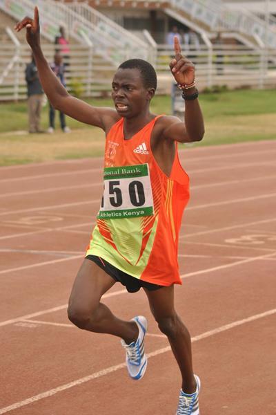 Vedic Cheruiyot wins the 3000m at the 2013 Kenyan World Youth Trials (Jonah Onyango, The Standard)