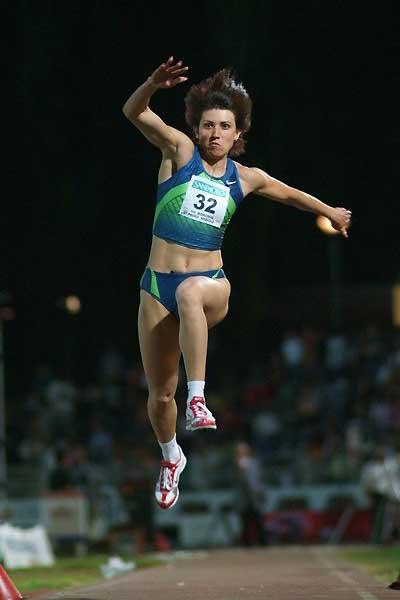 Tatyana Lebedeva triple jumps to 15m in Turin (Lorenzo Sampaolo)
