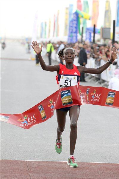 Mary Keitany celebrates winning the RAK Half Marathon (Victah Sailer)