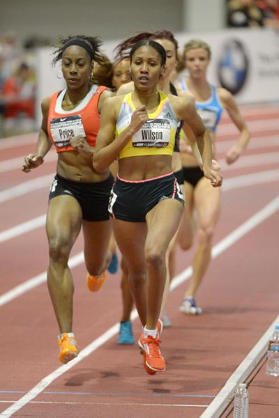 Ajee Wilson on her way to winning the 800m at the US Indoor Championships (Kirby Lee)