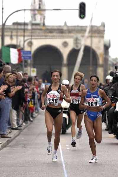 Maria Guida in action Munich 2002 (Getty Images Allsport)