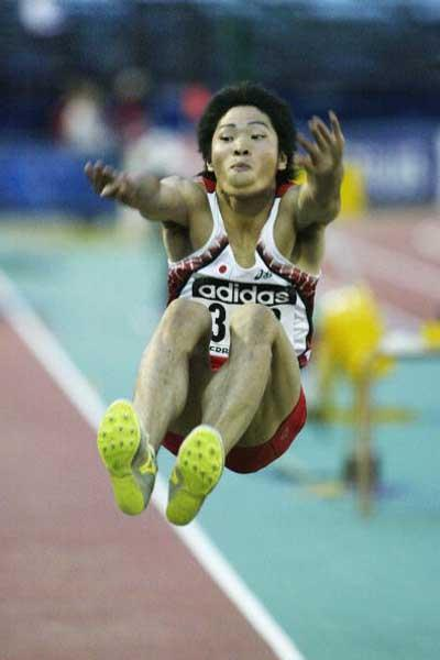 Naohiro Shinada of Japan wins the Long Jump final (Getty Images)