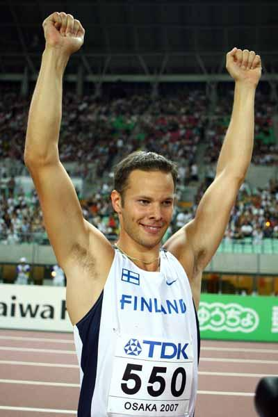 Tero Pitkamaki of Finland wins the Javelin Throw Final (Getty Images)