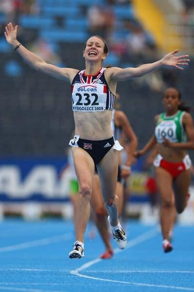 Stephanie Twell of GBR celebrates winning gold in the Women's 1500m Final (Getty Images)