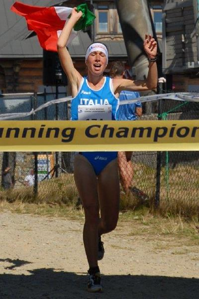 Alice Gaggi winning at the WMRA Mountain Running World Championships (Nancy Hobbs / WMRA)