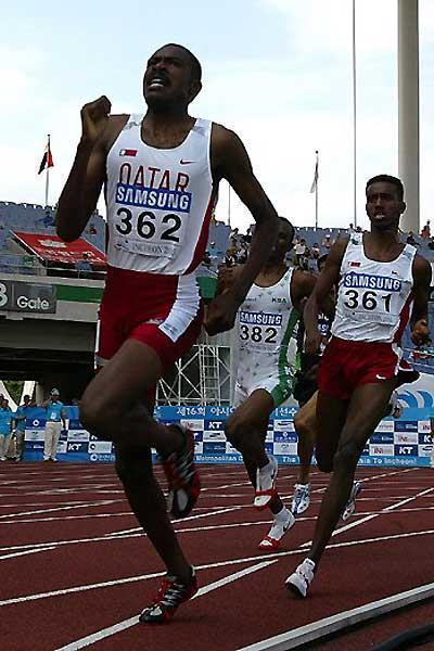 Asian Champs 800m, Korea - Winner Majid Saeed Sultan of Qatar (362) and silver winner Abdulrahman Suleiman also of Qatar (361) (c)