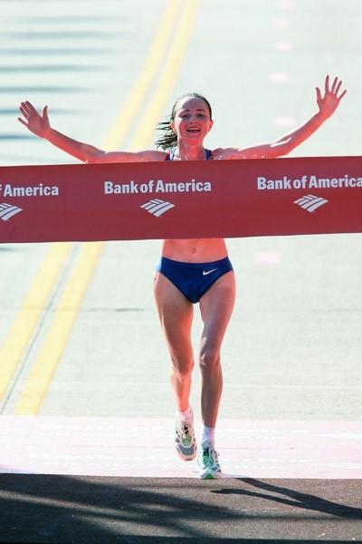 Lidiya Grigoryeva beats the heat to take the Chicago Marathon (Victah Sailer)