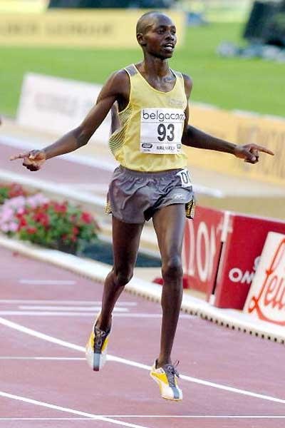 Micah Kogo of Kenya wins the Brussels 10,000m (AFP / Getty Images)
