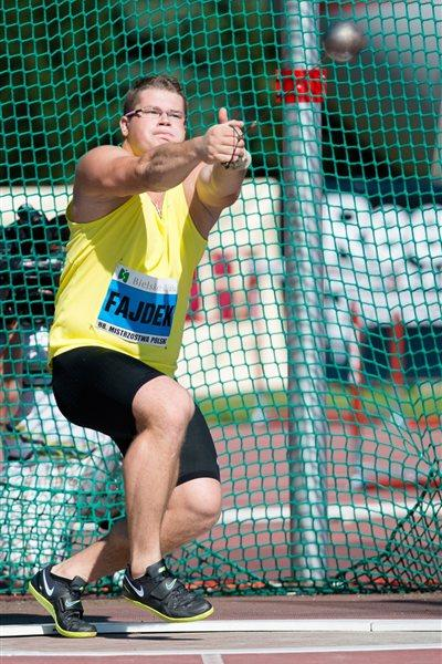 Pawel Fajdek takes his first national senior title with an 80.32m throw (Marek Biczyk)