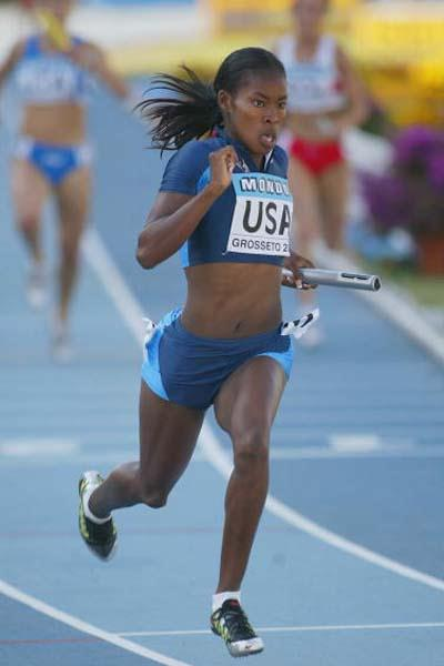 Shalonda Solomon of USA in the Women's 4x100m Final (Getty Images)