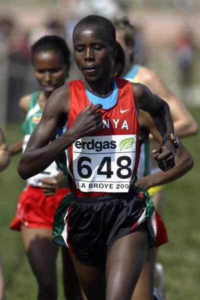 Edith Masai running in the women's short course race in Lausanne (Getty Images)