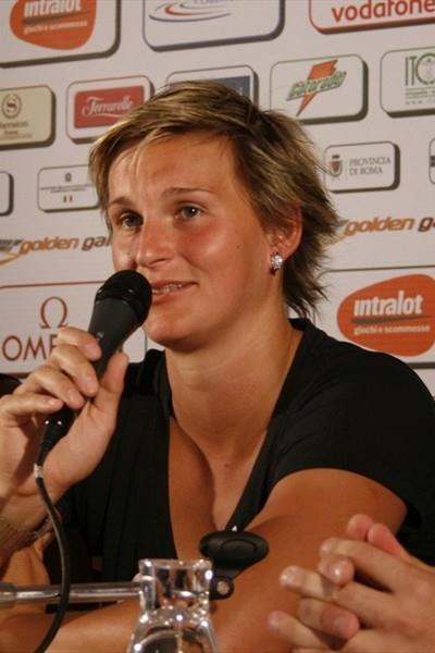 Barbora Spotakova at the pre-meet press conference in Rome (Bob Ramsak)