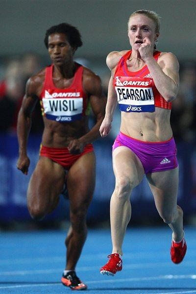Sally Pearson on her way to winning the 100 metres at the 2012 Australian Olympic Trials (Getty Images  )