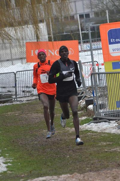 Kenyan pair Albert Rop and Alex Kibet at the 2013 ING Eurocross meeting in Diekirch, Luxembourg (Rosch Kohl)