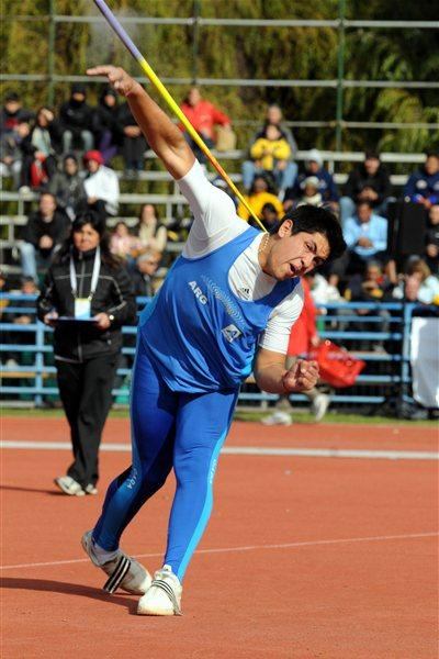 Braian Toledo at the 2011 South American Championships (Eduardo Biscayart)