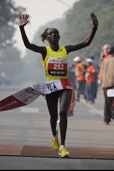 Another sub-1:07 half marathon for Mary Keitany, this time in New Delhi (marathon-photos.com)