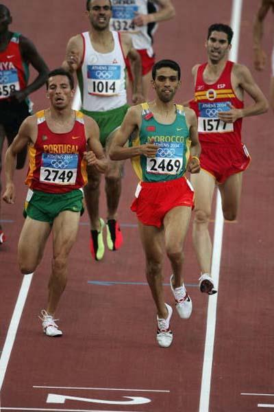 Hicham El Guerrouj (MAR) in the heats of the men's 1500m (Getty Images)
