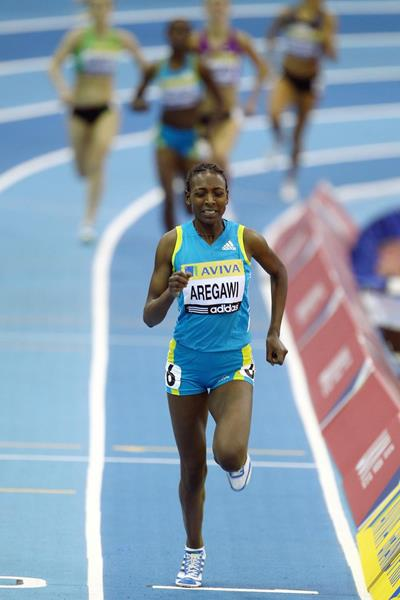 Abeba Aregawi on her way to winning the 1500m (Getty Images)