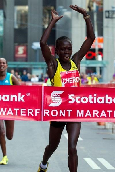 2:22:42 breakthrough for Sharon Cherop in Toronto (Scotiabank Toronto Waterfront Marathon organisers)
