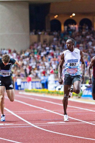 Usain Bolt takes a narrow victory in Monaco clocking 9.88 (Philippe Fitte)