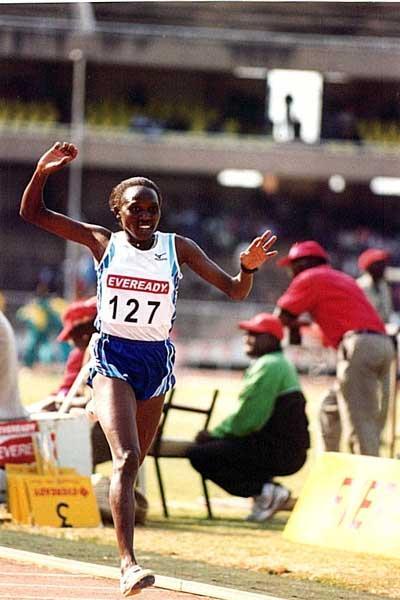 Leah Malot wins Kenyan Trials 10,000m (Omulo Okoth)