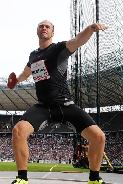 Robert Harting extends his winning streak in Berlin (Gladys Chai van der Laage)