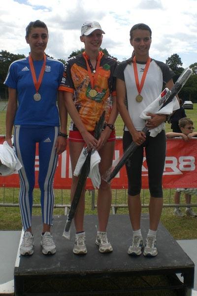 Jo Jackson (c) towers over the women's podium in Leamington Spa (Ian Richards)