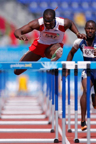 Dayron Robles en route to the Pan Am title in Guadalajara (Getty Images)