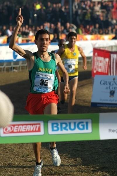 Ayad Lamdassem from Spain wins the Cinque Mulini (Lorenzo Sampaolo)