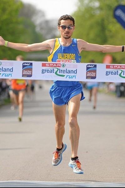Jesus Espana takes the a 10Km win in Dublin (Organisers)