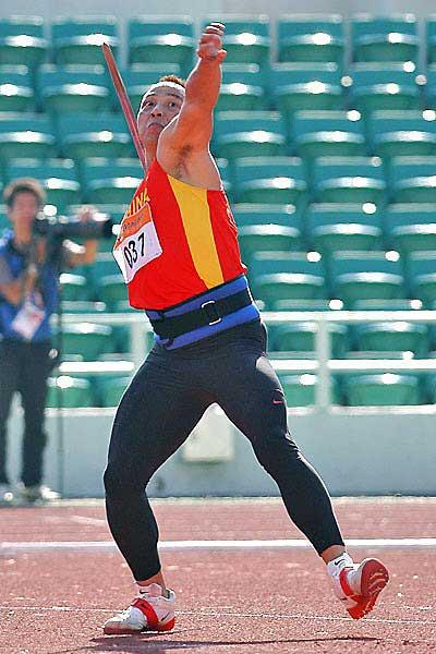 Li Rongxiang of China unleashes his javelin to gold in Macau (Peh Siong San)
