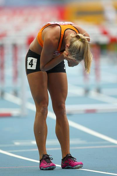 Nadine Broersen after stumbling in the heptathlon hurdles at the 2013 IAAF World Championships in Moscow (Getty Images)