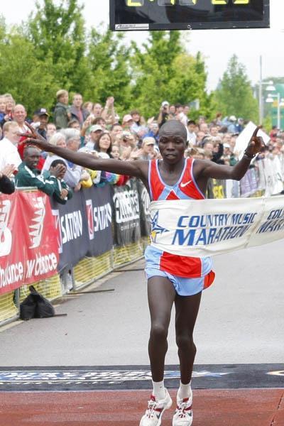 Sylvester Chebii (KEN) winning the Country Music Marathon in 2:14:27 (Country Music Marathon organisers)