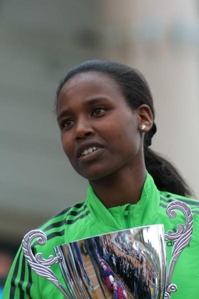 Ethiopian Ababel Eyeshaneh Brihane winner of the 40th Stramilano Half Marathon (Lorenzo Sampaolo)