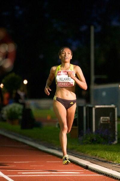 Meselech Melkamu en route to her 29:53.80 performance in Utrecht (Sebastiaan Durand)